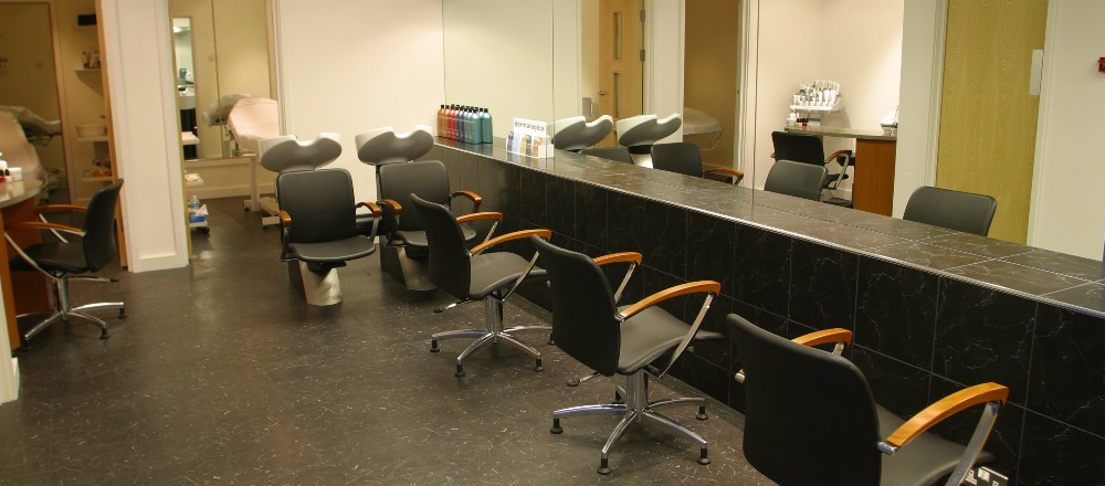 Matthew clulee bespoke hairdressing hair salon oxford for Address beauty salon
